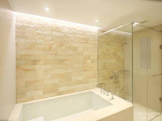 Bathroom by 홍예디자인, Classic
