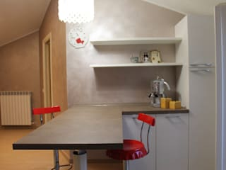 Home staging: Cucina in stile  di Giannini Homes