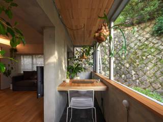 Balcones y terrazas modernos de Nobuyoshi Hayashi Moderno