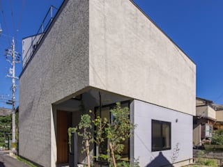 Houses by Nobuyoshi Hayashi,