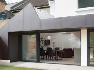 Harefield Road Modern Houses by Gruff Modern