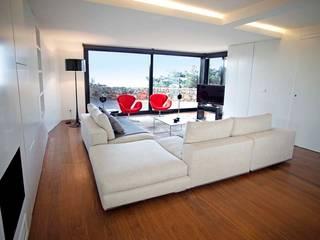 Casa Simas Salas de estar minimalistas por Conceito Arquitetos Minimalista