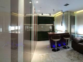 Apartamento Oviedo: Comedores de estilo  de Atlantika interior,
