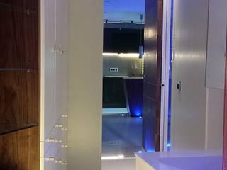 Apartamento Oviedo: Dormitorios de estilo  de Atlantika interior,