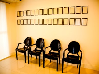 Consultório Médico RECEPÇÃO: Clínicas  por Marcia Debski Ferreira Designer de Interiores