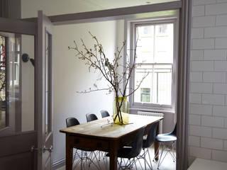 modern  door Studio Duggan, Modern