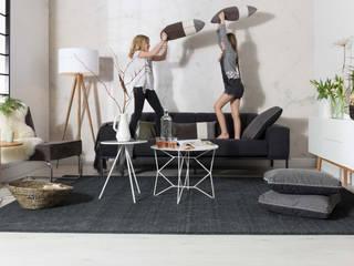 Tripod Wood wit - Zuiver: modern  door Robin Design, Modern