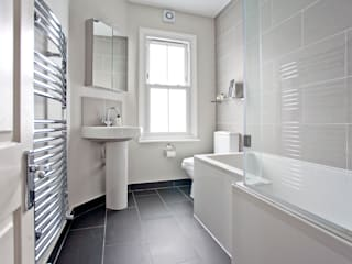 London Modern Refurbishment & Extension A1 Lofts and Extensions Modern bathroom