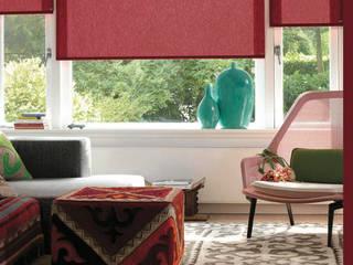 Persianas Hunter Douglas Salones minimalistas de Dekorier Interiores Minimalista