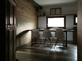 Country style dining room by davide petronici | architettura Country