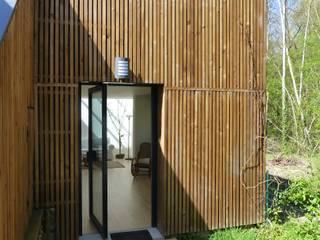 Minimalist house by AADD+ Minimalist