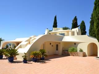 Exterior Renovation RenoBuild Algarve Casas de estilo mediterráneo