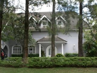 Residência C&M | Alphaville | São Paulo Casas clássicas por Daniela Zuffo Arquitetura e Interiores Clássico