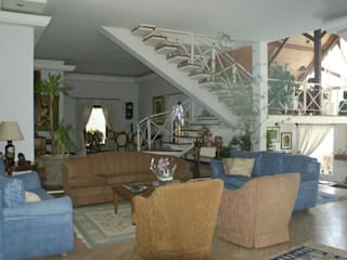 Residência C&M | Alphaville | São Paulo Salas de estar clássicas por Daniela Zuffo Arquitetura e Interiores Clássico