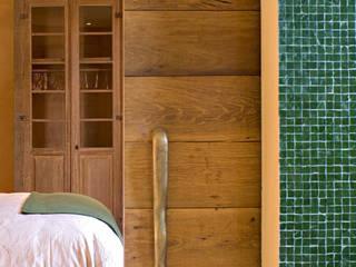 Country style bedroom by Mario Caetano e Eliane Pinheiro Country