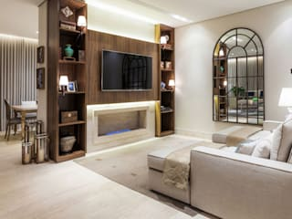 Living room by Rosangela C Brandão Interiores