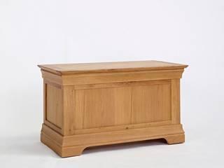 Bonsoni Nolsen Oak Blanket Box - Crafted from solid American Oak and carefully-selected Oak veneers:   by Bonsoni.com,