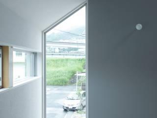 リビングからの遠景: 田原泰浩建築設計事務所が手掛けたリビングです。