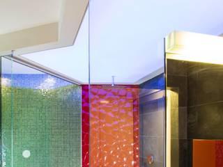39-7 House: Bagno in stile  di officinaleonardo, Moderno