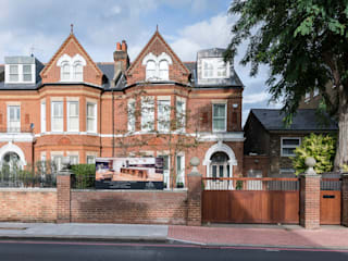 Full renovation on Trinity Road, London Rumah Modern Oleh Grand Design London Ltd Modern