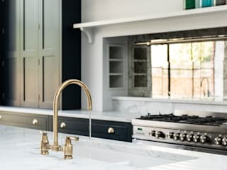 Full renovation on Trinity Road, London Dapur Modern Oleh Grand Design London Ltd Modern