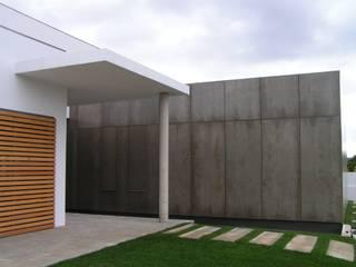bởi Plano Humano Arquitectos Hiện đại