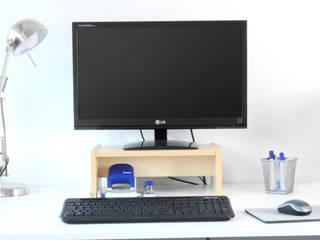 Monitorständer für Ikea Galant Schreibtisch in Birke:  Arbeitszimmer von NSD New Swedish Design GmbH
