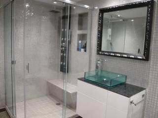 Eclectic style bathroom by Martyseguido diseño interiorismo Eclectic