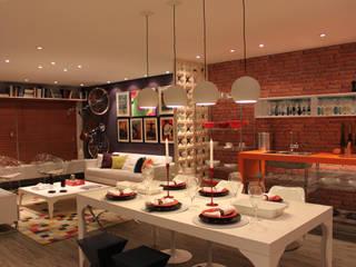 Cromalux Sistemas de Iluminação Ltda Dining roomLighting Aluminium/Zinc White