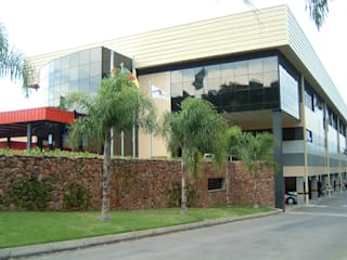 by Burger Arquitetos Modern