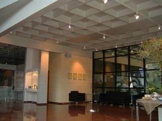 TODESCHINI S.A - Indústria de Móveis Escritórios modernos por Burger Arquitetos Moderno