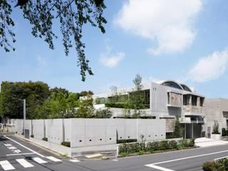 Casas de estilo ecléctico de AMO設計事務所 Ecléctico