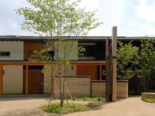 ほっと力の抜ける癒しの家 オリジナルな 家 の スタジオ・ベルナ オリジナル