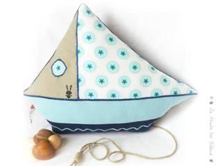 Coussin décoration bateau. par Le Monde des Bibbous Méditerranéen