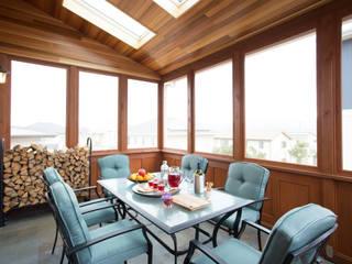 Balcon, Veranda & Terrasse classiques par 株式会社Linewood Classique