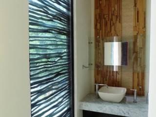 bello diseño! Eclectic style bathrooms