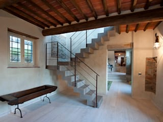 Classic style corridor, hallway and stairs by marco bonucci fotografo Classic