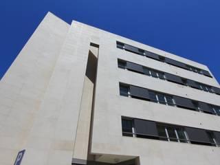 Casas modernas de ATELIER DA CIDADE Moderno