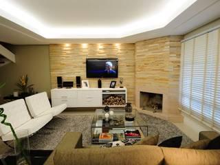 Salas de estilo moderno de Angela Ognibeni Arquitetura e Interiores Moderno