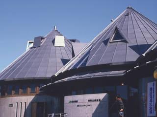 JR磐城塙駅+塙町立図書館: 伊藤邦明都市建築研究所が手掛けた窓です。,オリジナル
