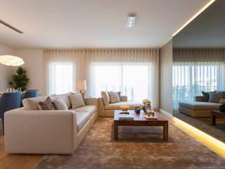 Traço Magenta - Design de Interiores Salas de estilo moderno