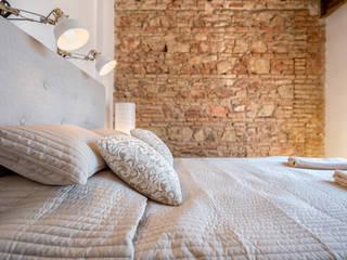 Espacios y Luz Fotografía BedroomBeds & headboards