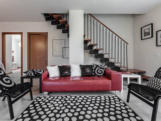 ミニマルスタイルの 玄関&廊下&階段 の Gabriella Sala Design ミニマル