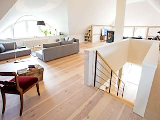 Planungsgruppe Barthelmey Salas de estilo escandinavo
