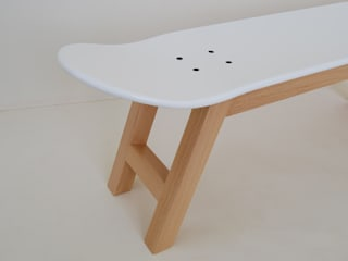 Skateboard stool white nordic - Skateboarder decorating bedroom ideas: style and comfort skateboard stools for skater fan. Get a room with style. skate-home DormitoriosAccesorios y decoración Madera Blanco