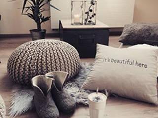 DO all things with GREAT LOVE... Miavillja WohnzimmerAccessoires und Dekoration