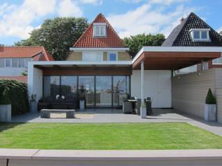 Comedores de estilo moderno de Heldoorn Ruedisulj Architecten Moderno