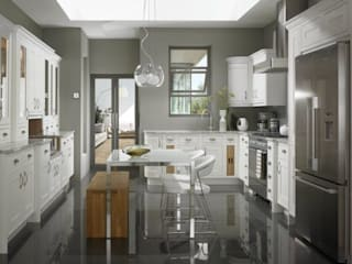 PAINTED SHAKER (CHALK WHITE): country Kitchen by Kensington Scott