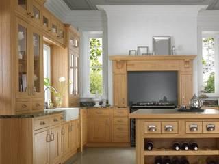 NATURAL OAK SHAKER:  Kitchen by Kensington Scott
