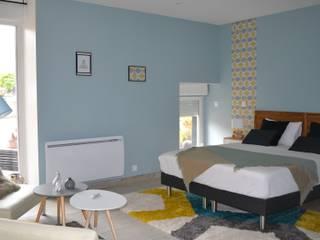 chambre Néo scandinave: Chambre de style  par KREA Koncept
